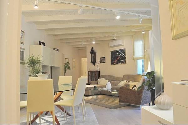 Appartamento in vendita a Massarosa, 5 locali, zona Zona: Stiava, prezzo € 285.000 | CambioCasa.it