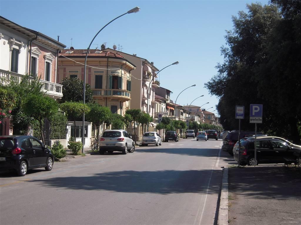 Immobile Commerciale in Vendita a Viareggio