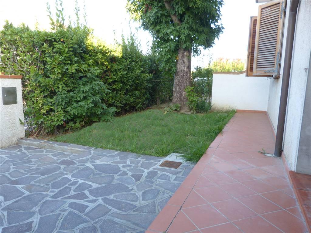 Soluzione Indipendente in vendita a Camaiore, 3 locali, zona Zona: Capezzano Pianore, prezzo € 210.000 | CambioCasa.it