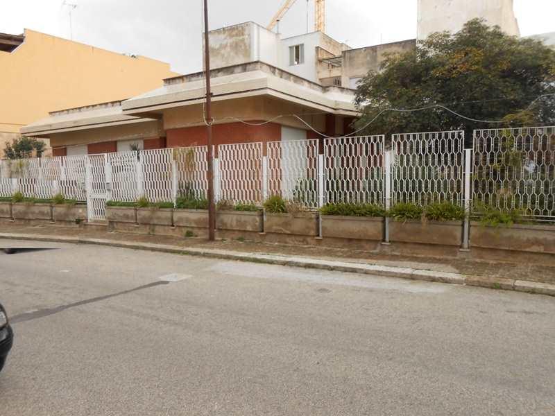 Villa in vendita a Mazara del Vallo, 7 locali, zona Località: VIA SALEMI, Trattative riservate | Cambio Casa.it