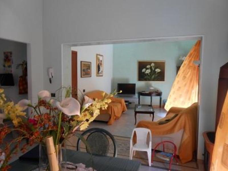 Appartamento in vendita a Mazara del Vallo, 4 locali, zona Località: CENTRO, prezzo € 100.000 | Cambio Casa.it