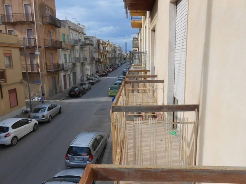 Appartamento in vendita a Mazara del Vallo, 2 locali, zona Località: CENTRO, prezzo € 45.000 | CambioCasa.it