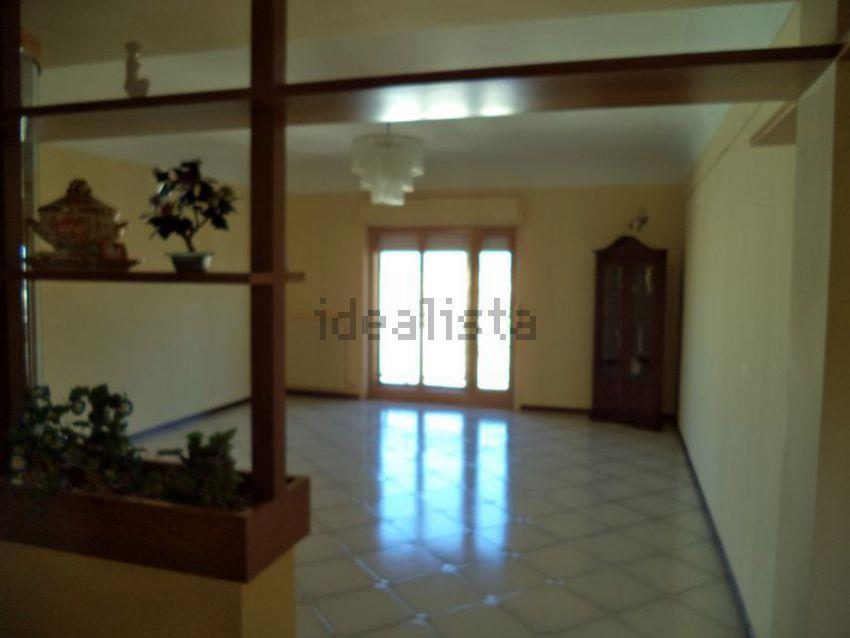 Appartamento in affitto a Mazara del Vallo, 5 locali, zona Località: VIA CASTELVETRANO, prezzo € 500 | Cambio Casa.it