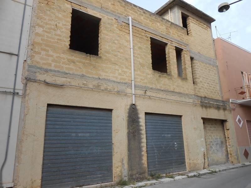Palazzo / Stabile in vendita a Mazara del Vallo, 1 locali, zona Località: CENTRO, prezzo € 90.000 | CambioCasa.it