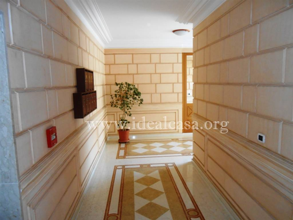 Appartamento in affitto a Mazara del Vallo, 5 locali, zona Località: VIA SALEMI, prezzo € 350 | CambioCasa.it