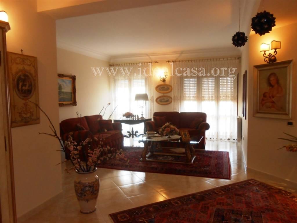 Appartamento in vendita a Mazara del Vallo, 5 locali, zona Località: TRE VALLI, prezzo € 185.000 | CambioCasa.it