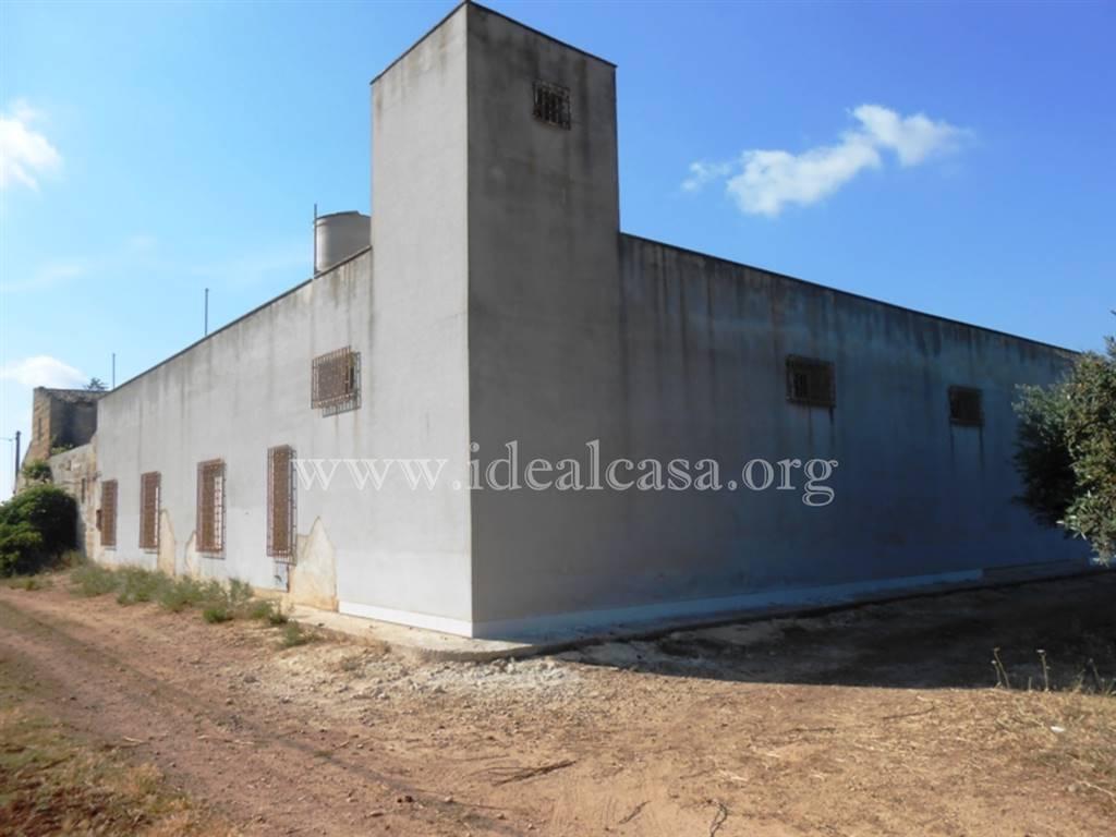 Rustico / Casale in vendita a Mazara del Vallo, 11 locali, zona Località: TRIGLIA SCALETTA, prezzo € 250.000 | CambioCasa.it