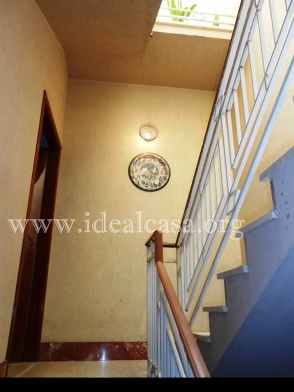 Soluzione Indipendente in affitto a Mazara del Vallo, 4 locali, zona Località: CENTRO, prezzo € 400 | CambioCasa.it