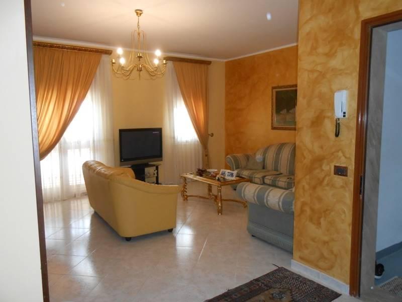 Appartamento in vendita a Mazara del Vallo, 5 locali, zona Località: VIA MARSALA, prezzo € 120.000 | CambioCasa.it
