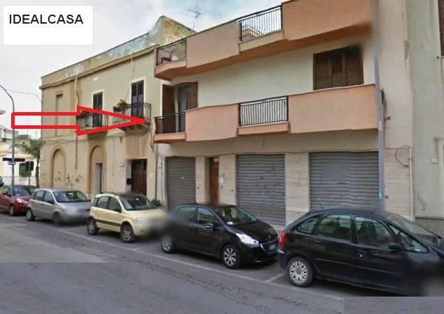 Ufficio / Studio in affitto a Mazara del Vallo, 4 locali, zona Località: CENTRO, prezzo € 700 | CambioCasa.it