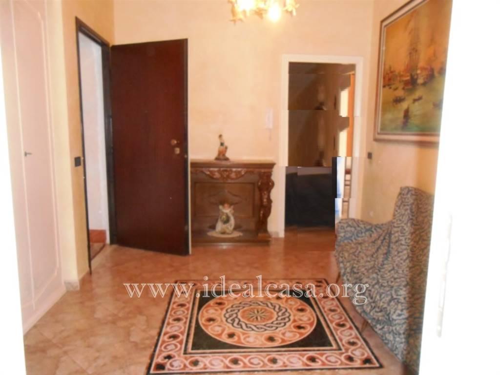 Appartamento in vendita a Mazara del Vallo, 5 locali, zona Località: VIA SALEMI, prezzo € 85.000 | CambioCasa.it