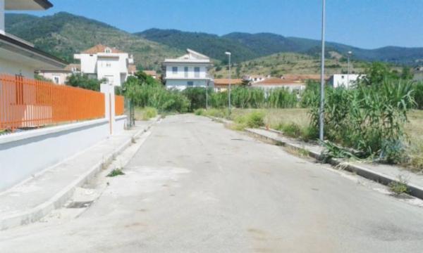 Terreno Edificabile Residenziale in vendita a Falciano del Massico, 9999 locali, prezzo € 1 | CambioCasa.it