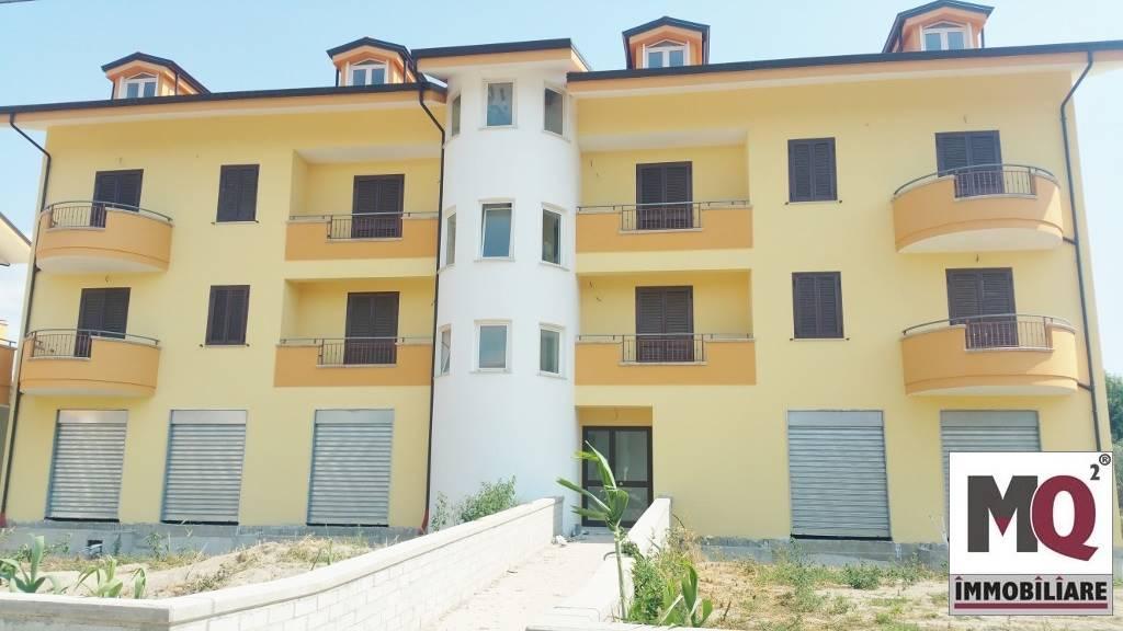 Negozio / Locale in affitto a Cellole, 2 locali, prezzo € 1 | Cambio Casa.it