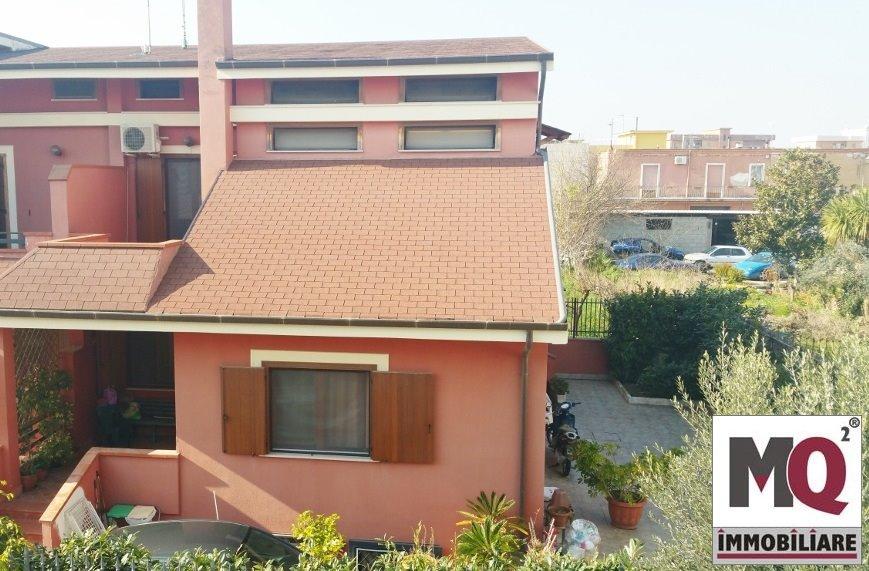 Villa Bifamiliare in vendita a Mondragone, 4 locali, prezzo € 298.000   CambioCasa.it
