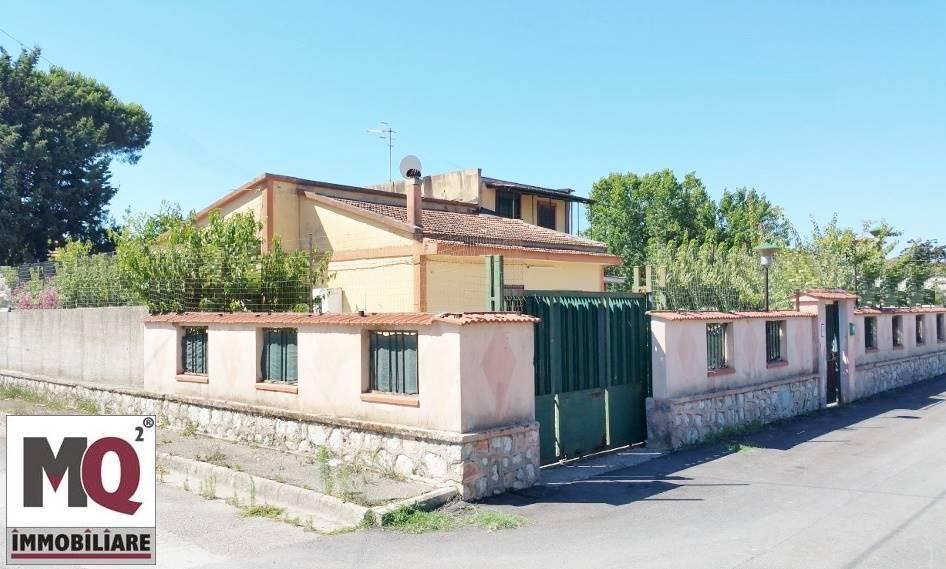 Villa in vendita a Mondragone, 4 locali, zona Zona: Pescopagano, prezzo € 39.000 | CambioCasa.it