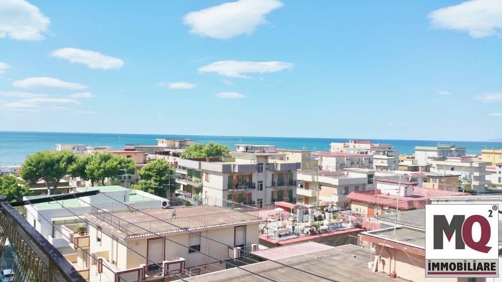 Appartamento in vendita a Mondragone, 2 locali, prezzo € 60.000 | Cambio Casa.it