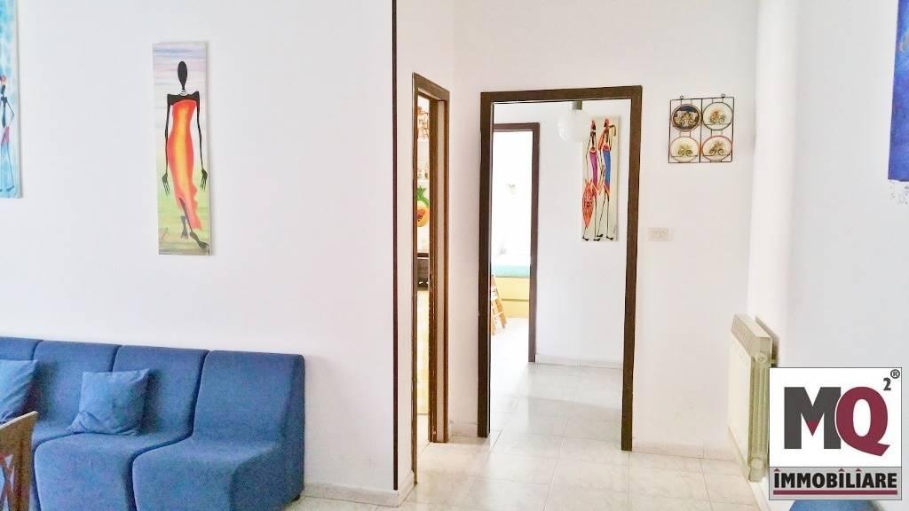 Appartamento in vendita a Mondragone, 4 locali, prezzo € 29.000 | CambioCasa.it
