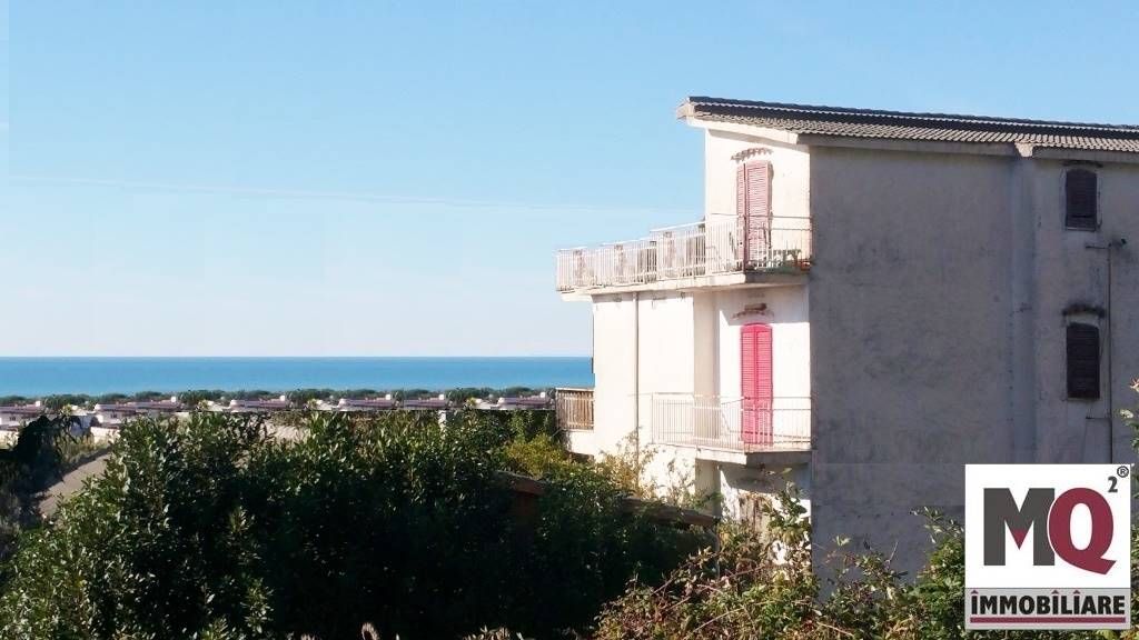 Palazzo / Stabile in Vendita a Sessa Aurunca