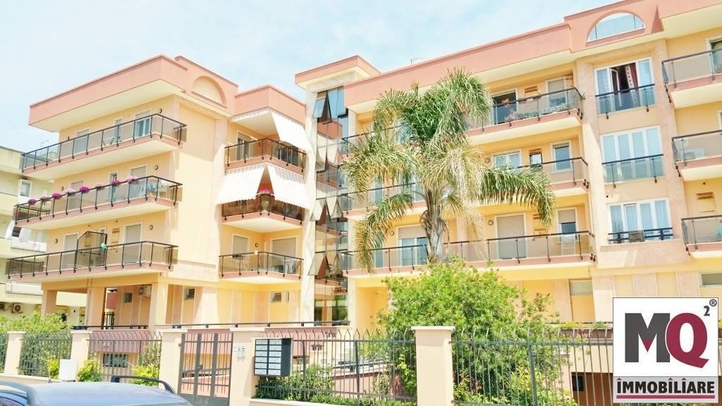 Appartamento in vendita a Mondragone, 5 locali, prezzo € 198.000 | Cambio Casa.it
