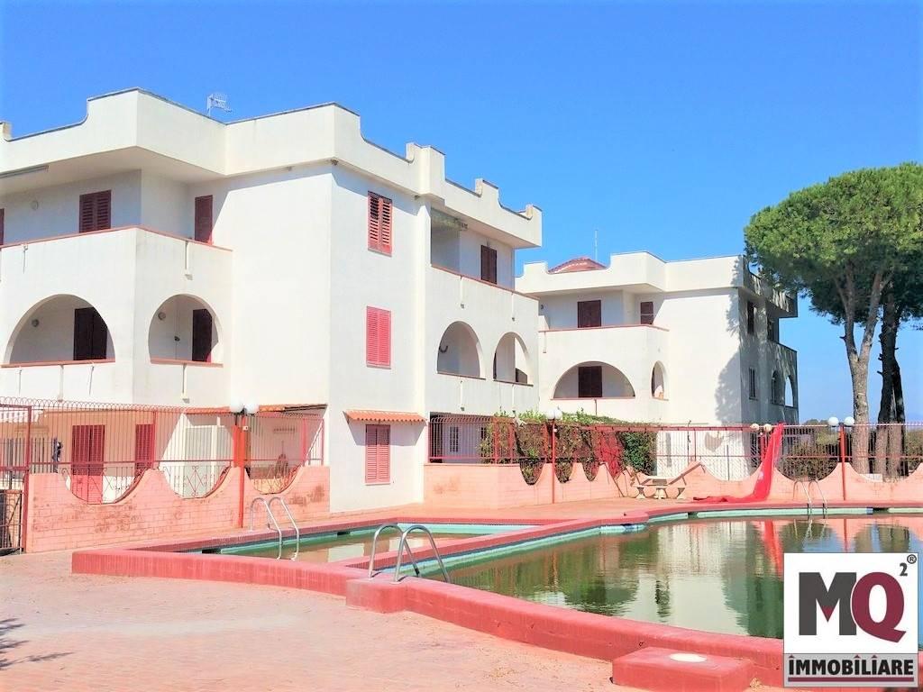 Appartamento in vendita a Cellole, 3 locali, zona Zona: Baia Felice, prezzo € 80.000   CambioCasa.it