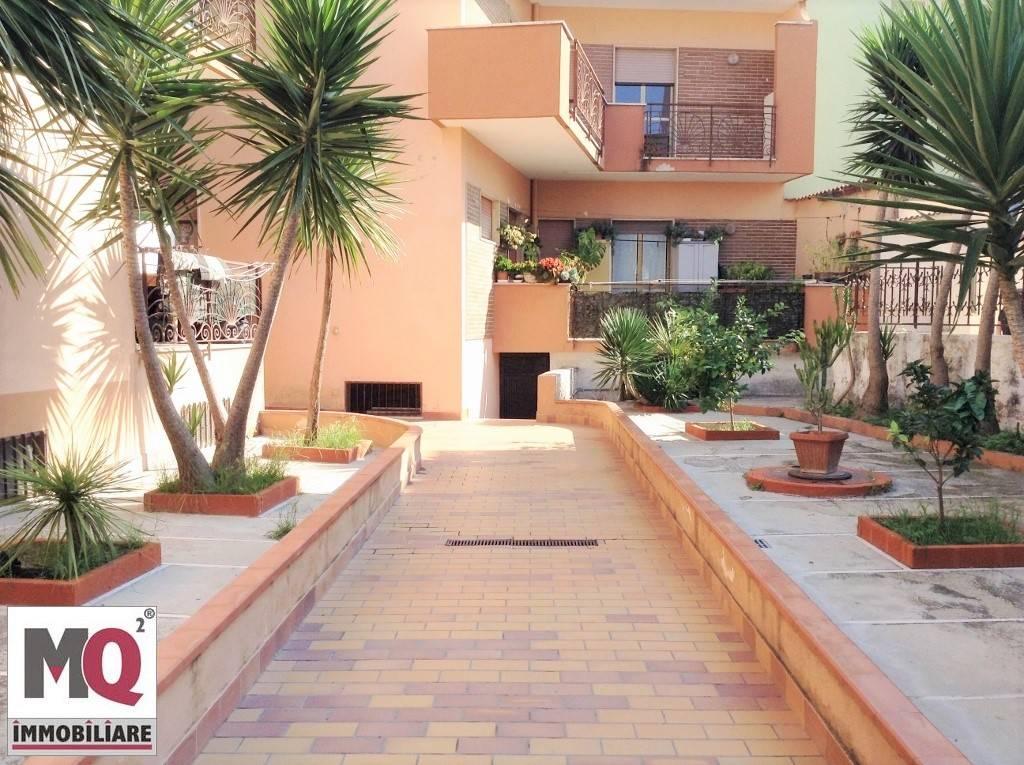 Appartamento in affitto a Mondragone, 3 locali, zona Zona: Zona Lido, prezzo € 400 | CambioCasa.it