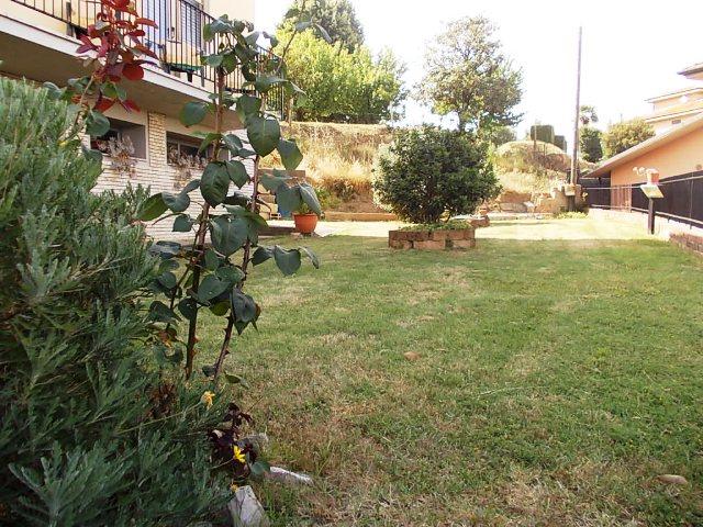 Villa, Santa Maria a Monte