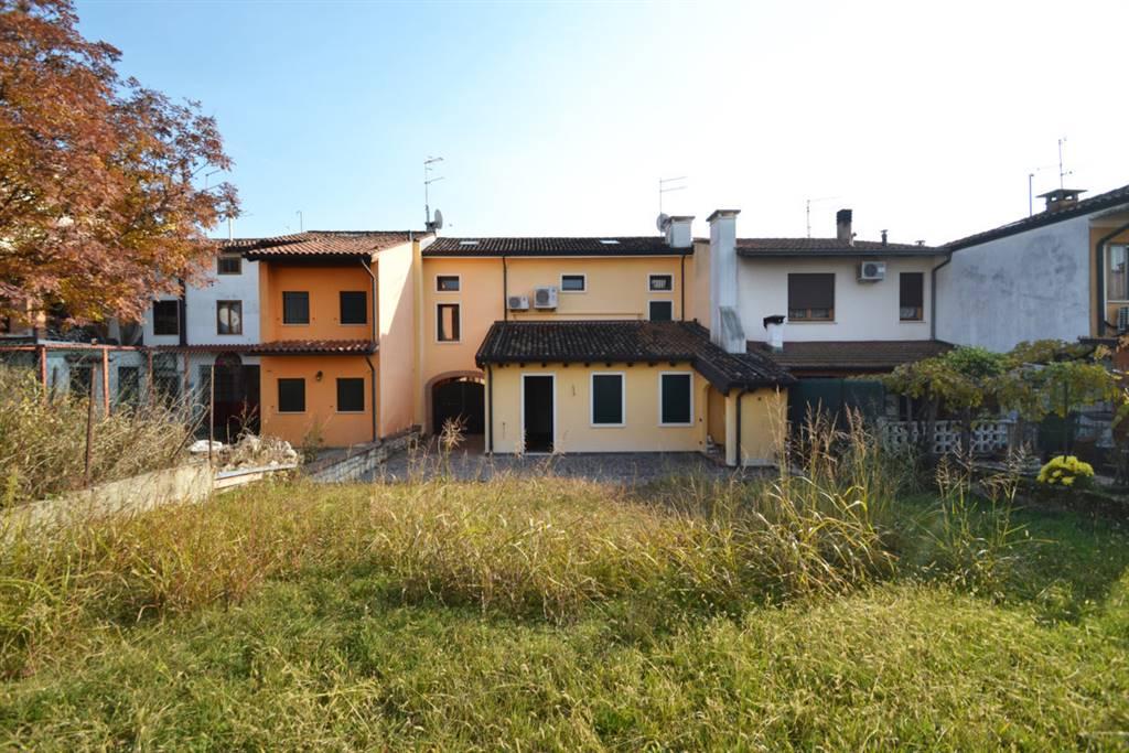 case e appartamenti in vendita a montecchio maggiore