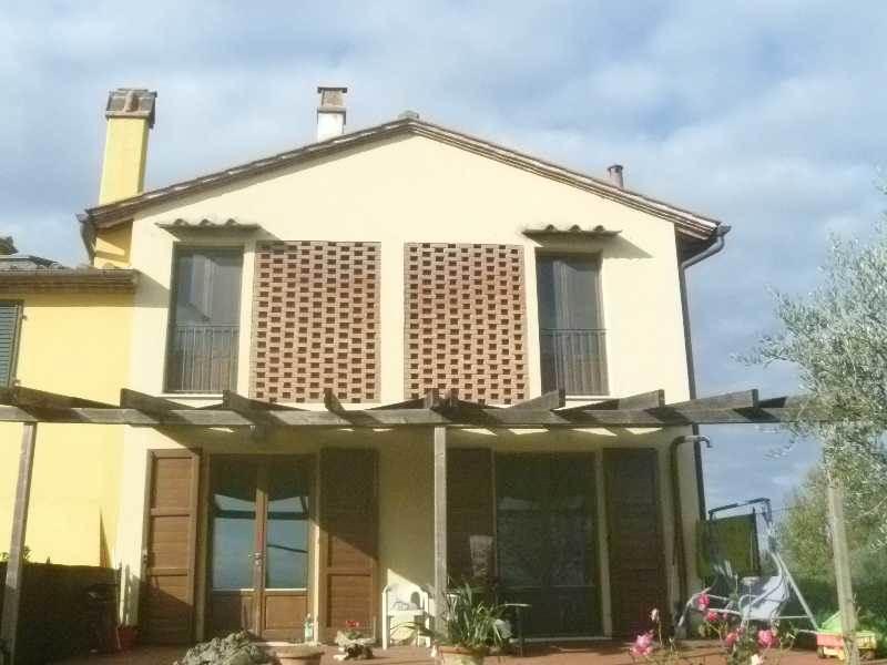 Soluzione Indipendente in vendita a Castelfiorentino, 4 locali, prezzo € 235.000 | Cambio Casa.it