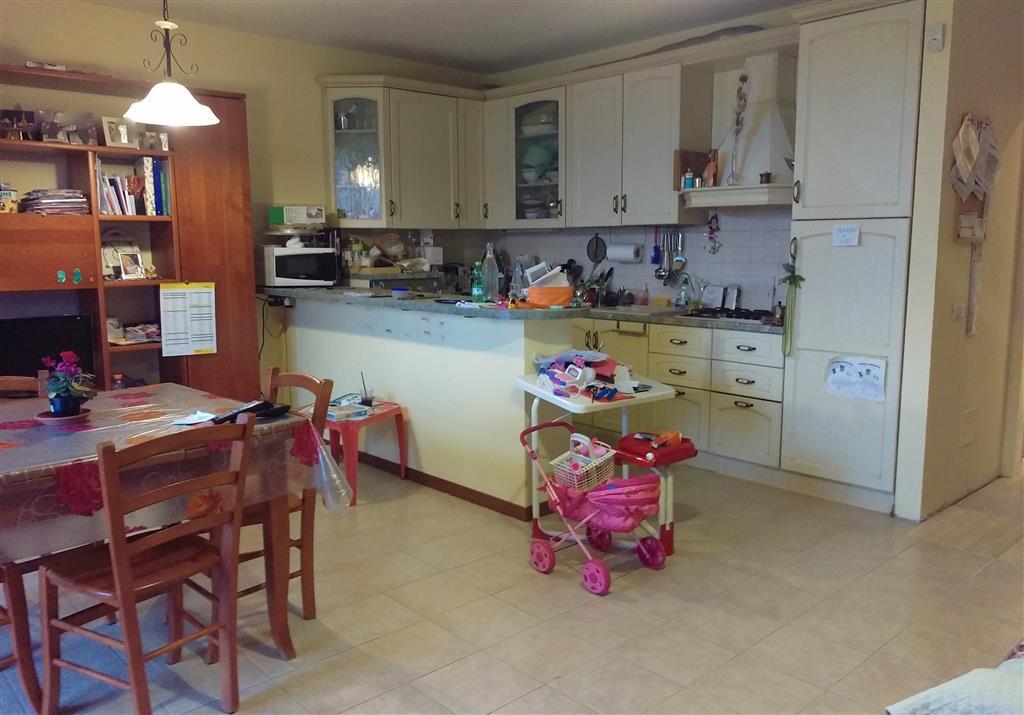 Appartamento in vendita a Montespertoli, 3 locali, zona Località: ORTIMINO, prezzo € 190.000 | CambioCasa.it