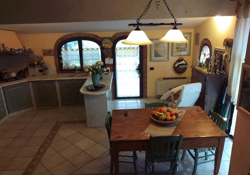 Soluzione Indipendente in vendita a Gambassi Terme, 7 locali, prezzo € 690.000 | Cambio Casa.it