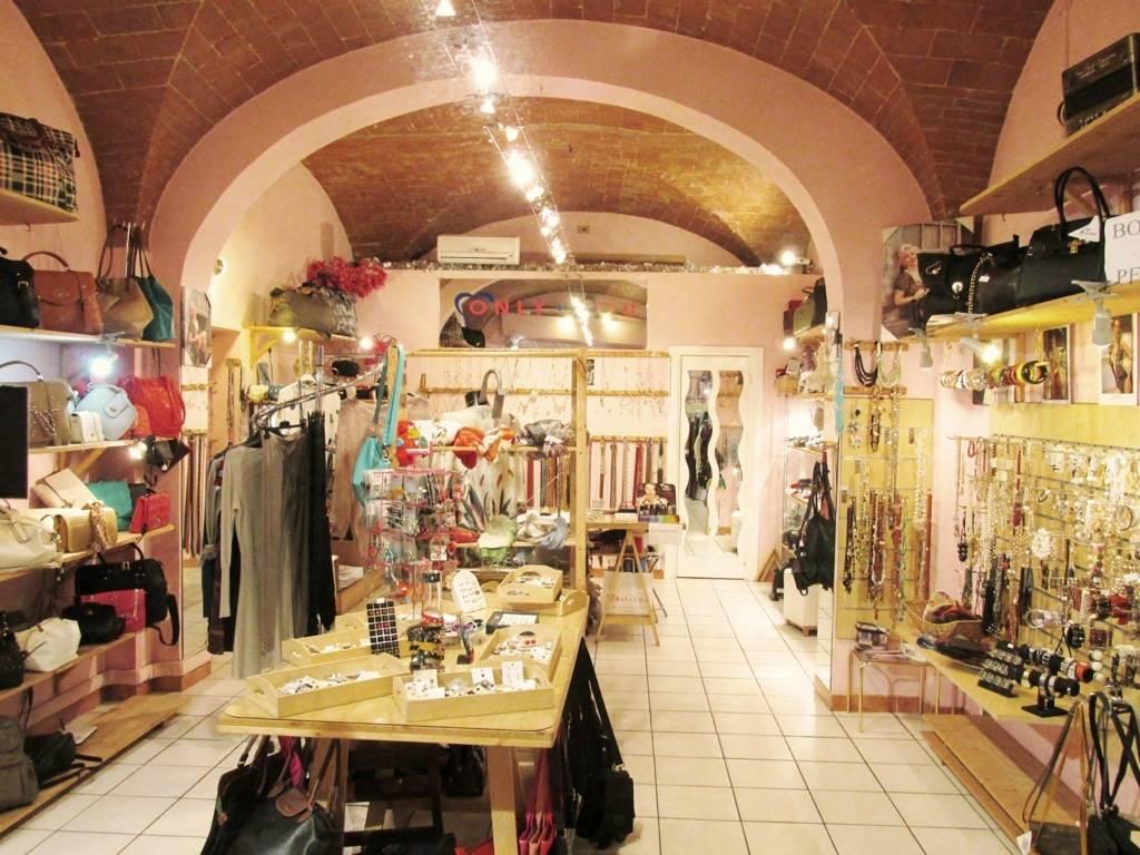 Negozio / Locale in vendita a Castelfiorentino, 1 locali, prezzo € 20.000 | Cambio Casa.it