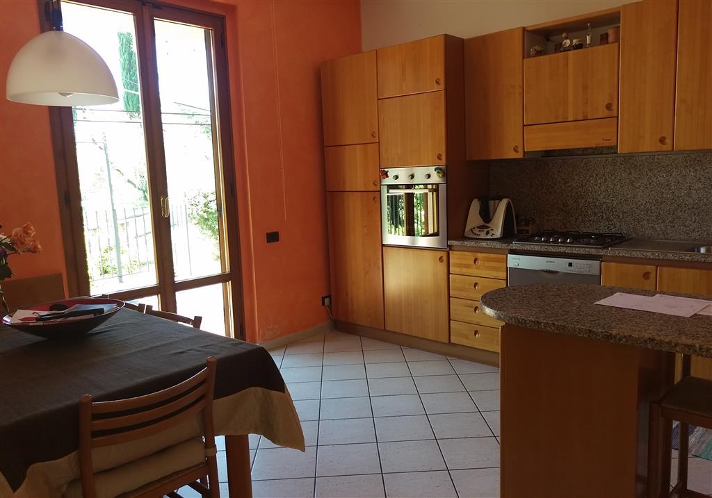 Soluzione Indipendente in vendita a Castelfiorentino, 11 locali, Trattative riservate | Cambio Casa.it