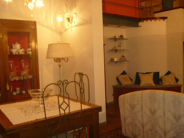 Soluzione Indipendente in vendita a Castelfiorentino, 8 locali, prezzo € 400.000 | Cambio Casa.it