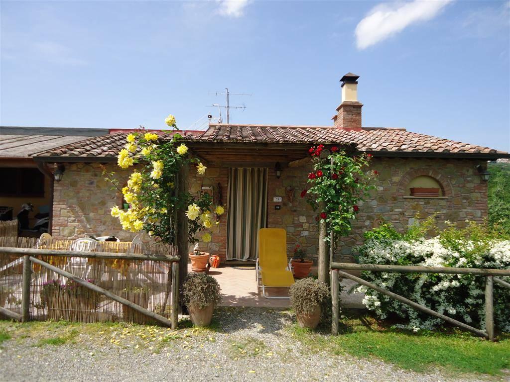 Soluzione Indipendente in vendita a Gambassi Terme, 5 locali, prezzo € 350.000 | Cambio Casa.it
