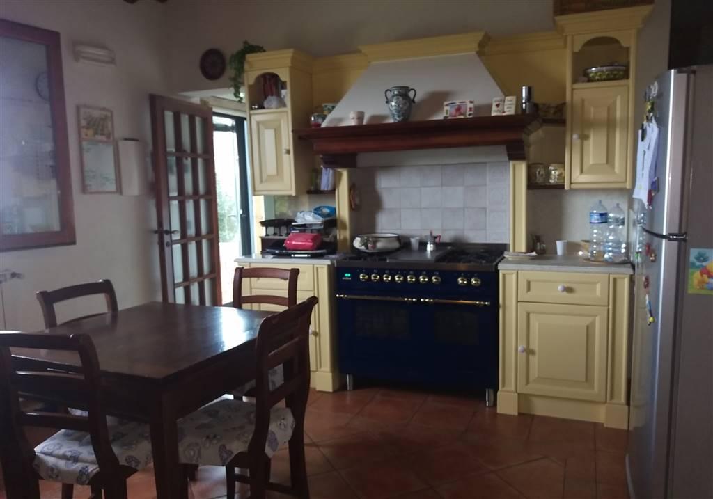 Villa in vendita a Montespertoli, 4 locali, zona Località: ORTIMINO, prezzo € 145.000 | Cambio Casa.it