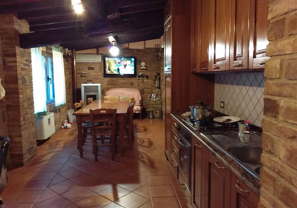 Soluzione Indipendente in vendita a Castelfiorentino, 3 locali, prezzo € 155.000 | Cambio Casa.it