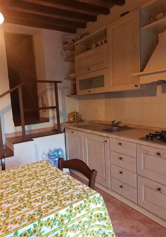 Soluzione Indipendente in vendita a Montaione, 6 locali, zona Zona: Sùghera, prezzo € 90.000 | Cambio Casa.it