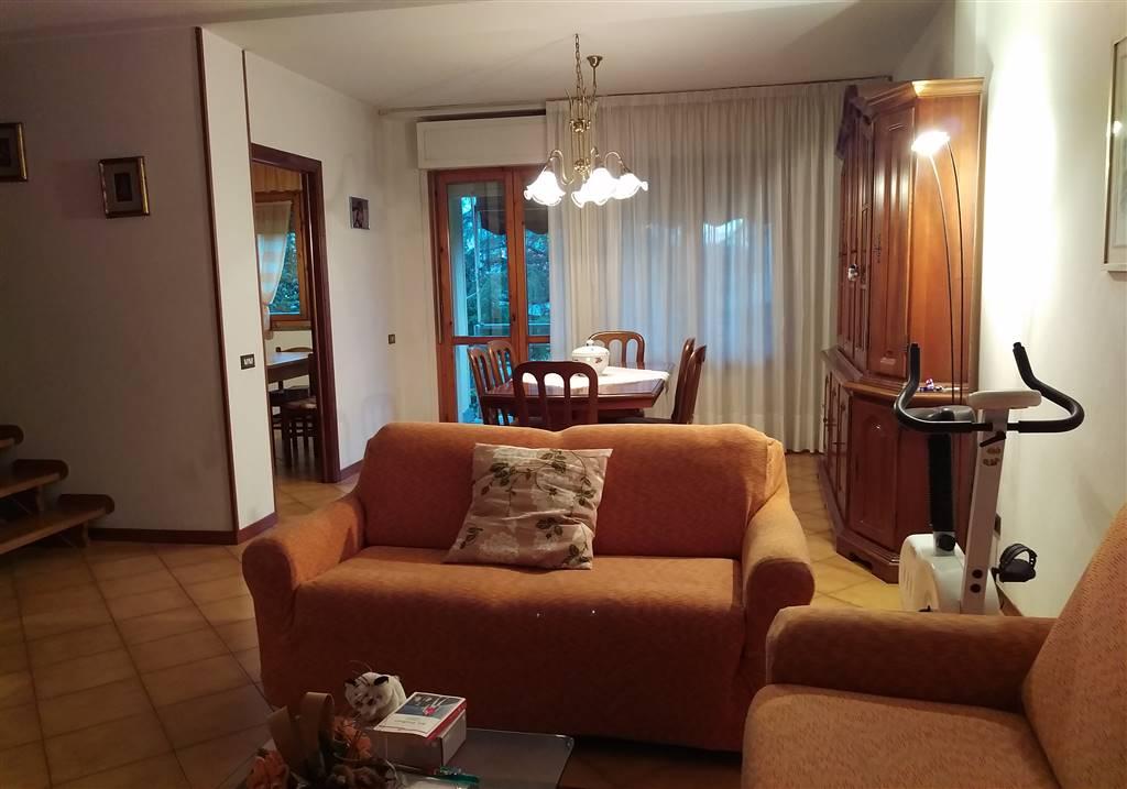 Soluzione Indipendente in vendita a Castelfiorentino, 5 locali, prezzo € 178.000   Cambio Casa.it