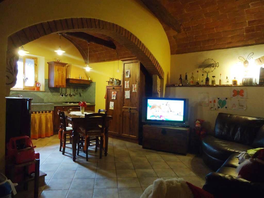 Soluzione Indipendente in vendita a Gambassi Terme, 5 locali, prezzo € 240.000 | Cambio Casa.it