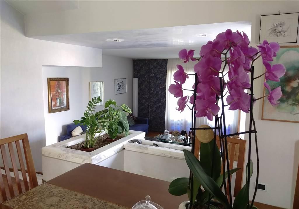 Villa in vendita a Gambassi Terme, 6 locali, zona Zona: Pillo, prezzo € 390.000 | Cambio Casa.it