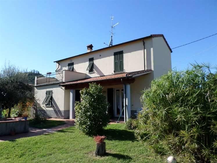 Villa in vendita a Arcola, 4 locali, zona Zona: Piano di Arcola, prezzo € 290.000 | Cambio Casa.it