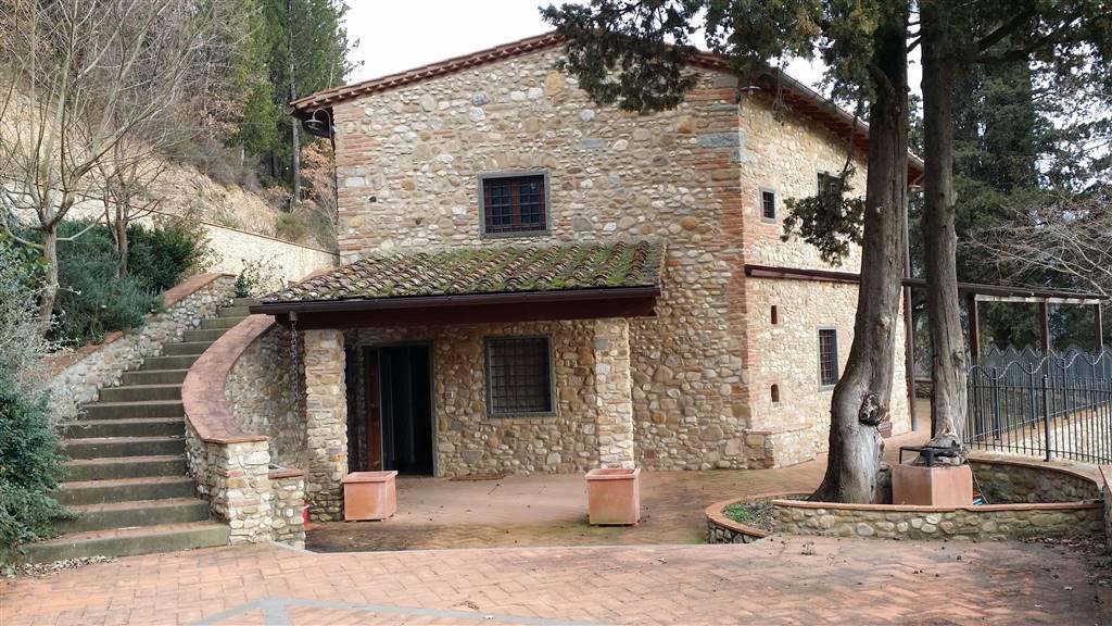 Villa in vendita a San Casciano in Val di Pesa, 10 locali, zona Zona: Calcinaia, prezzo € 580.000 | Cambio Casa.it
