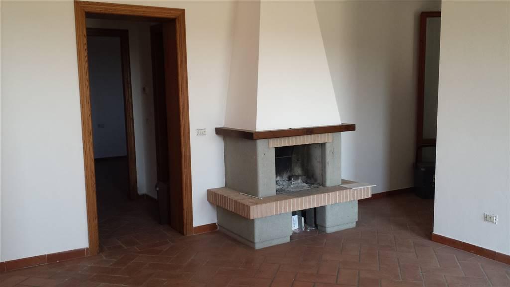Soluzione Indipendente in affitto a Campi Bisenzio, 4 locali, zona Zona: San Lorenzo, prezzo € 800 | CambioCasa.it