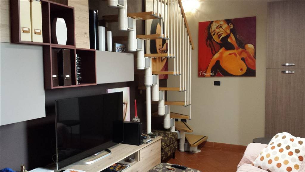 Appartamento in affitto a Campi Bisenzio, 2 locali, zona Zona: San Martino, prezzo € 600 | CambioCasa.it