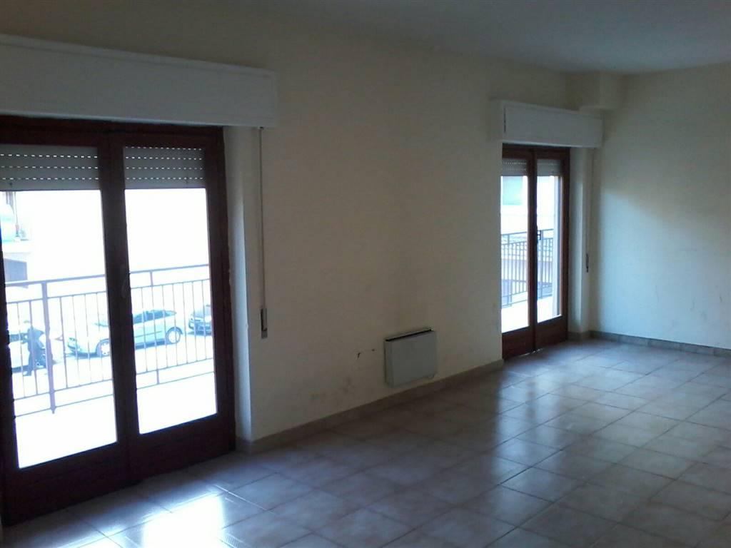 Ufficio / Studio in affitto a Bagheria, 8 locali, prezzo € 1.300 | Cambio Casa.it
