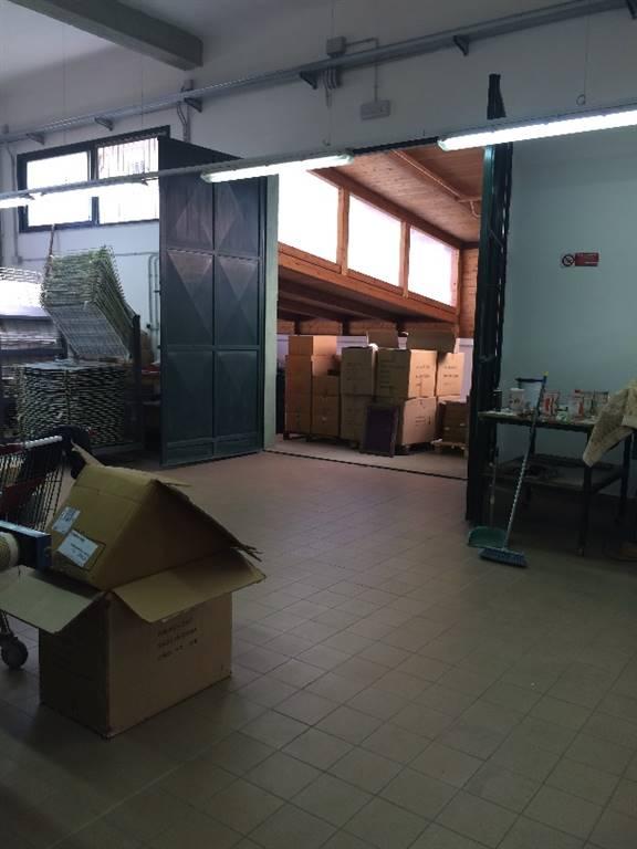 Capannone in affitto a Villabate, 6 locali, prezzo € 1.500 | Cambio Casa.it