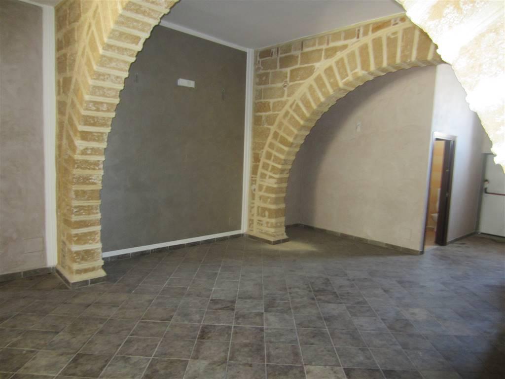 Negozio / Locale in affitto a Ficarazzi, 2 locali, prezzo € 800 | Cambio Casa.it