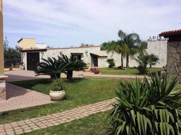 Villa in vendita a Misilmeri, 5 locali, zona Zona: Portella di Mare, prezzo € 395.000 | Cambio Casa.it