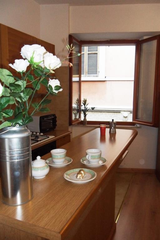 Appartamento in affitto a Ancona, 1 locali, zona Zona: Centro storico, prezzo € 460 | Cambio Casa.it