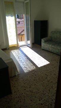 Appartamento in affitto a Ancona, 3 locali, zona Zona: Semicentro, prezzo € 500 | Cambio Casa.it